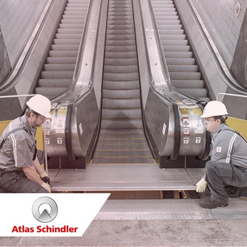 O processo de instalação de escadas e esteiras rolantes